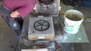 Metal Casting an aluminum wheel