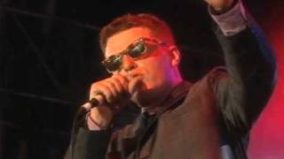 Madness - Baggy Trousers (Live at Madstock 1992)