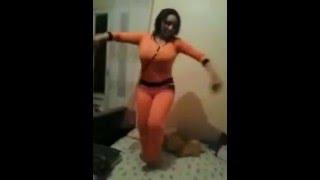 رقص لبنت مزه على السرير 2016 hot belly dance