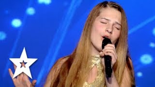 15 Year Old Ana Munteanu Sings like a Pro! | Auditions Week 7 | Românii au talent