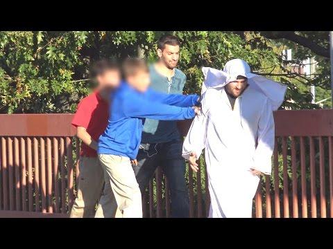 Muslim Bullying Social Experiment Islamophobia Social Experiment