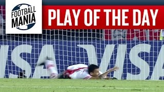 Play of the Day! - Leonel Vangioni (River Plate) Over the Line Save