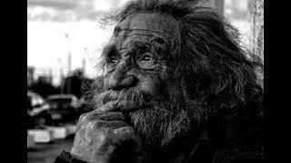 Каждый день девушка проходила мимо бездомного. Но однажды она узнала, кто он на самом деле