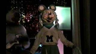 Rock-afire Explosion (ShowBiz Pizza) Middle of the Night/Islands in the Stream (with intro)