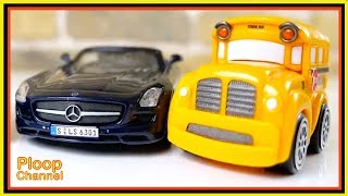 Bussy & Speedy - MERCEDES SLS Construction - Toy Cars unboxing - Videos for kids. Cars for children