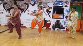 Poplin | Sardaarji 2 | Diljit Dosanjh | Basic Bhangra Steps on Poplin | Ladies Dance Performance