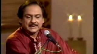 Zihale-e-Miskeen ~ Ghulam Ali sings Khusro