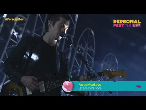 Arctic Monkeys - I Wanna Be Yours (Live at Personal Fest)