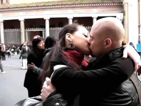 Xxx Mp4 Frozen Kiss Invest In Your Love Rome 25 Marzo 2009 3gp Sex