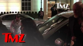 Rihanna -- Bodyguard Throws Knockout Punch to Pap's Face | TMZ