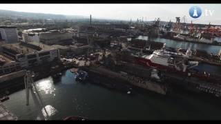 Wypadek w stoczni Nauta. Przechylił się i częściowo zatonął dok ze statkiem