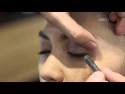 Video cara MakeUp untuk Sehari hari menjadi cantik dan seksi preety women
