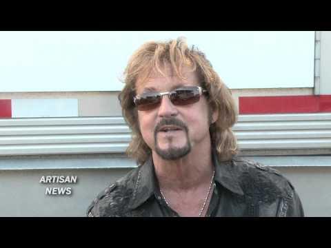 EX JOURNEY VOCALIST TALKS BAND S NEW SINGER