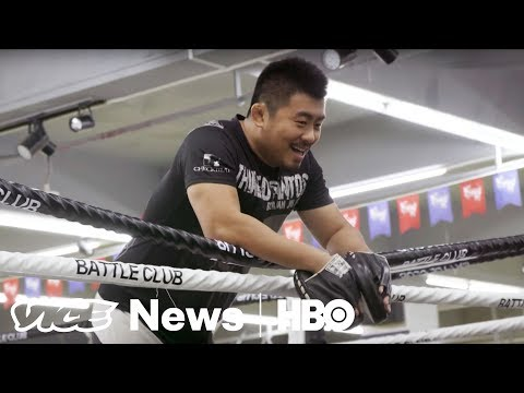 """The MMA Fighter On A Mission To Expose """"Fake Martial Artists"""" in China (HBO)"""