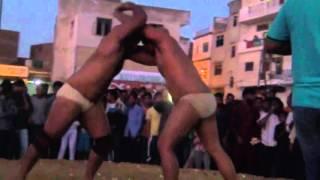 00074 Paale Pahlwan wins final match agnst Haryana Police wrestler