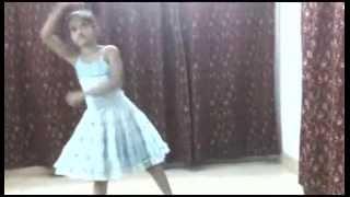 Prajapoti Mon Melo Pakhna Bengali Song Performed By Arshita Kamati