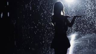 Evelyn Lin - Rain Room