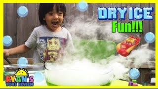 DRY ICE EXPERIMENT Easy science experiments for Kids with Disney Toys Cars Lightning McQueen