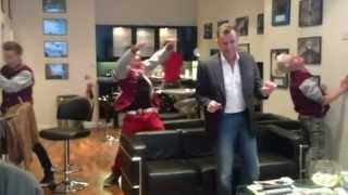 Duncan Bannatyne does Harlem Shake