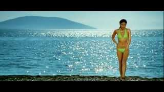 kareena kapoor in bikini [720p - HD] - Tashan