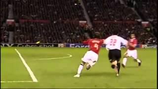Gol de Kaká contra o Manchester United.