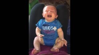 Baby stops crying after listening to Carrie Underwood Song