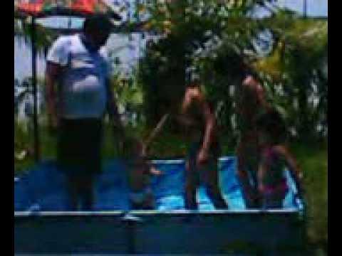 banho de piscina na lagoa de jurtunaiba carnaval2009 ATYLA