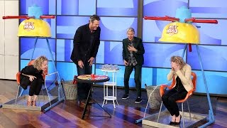 Blake Shelton and Ellen Play 'Wet Head'!