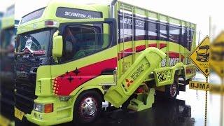 Pemenang Kategori Terbanyak Brata Mitsubishi Fuso Modification Truck KAMT 2016 KAYUSUPER