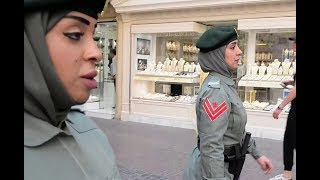 الشرطة النسائية في الإمارات