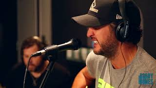 Luke Bryan Sings