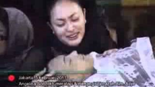 Kesedihan Angelina Sondakh dan Anak-Anaknya - CumiCumi.com