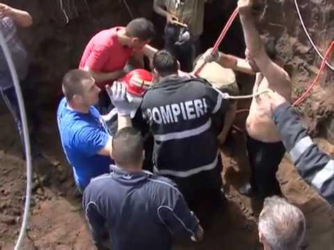 Xxx Mp4 14 Yo Hero Saves A Child Stuck In A Well Segarcea Romania 13 04 2013 3gp Sex