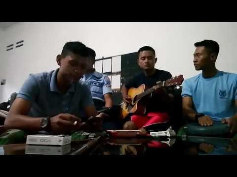 "Suaranya bikin merinding mainin lagu supernova ""Aku Yang Akan Pergi"" cover anggota TNI"