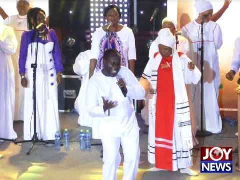 Watch Elder Mireku's Performance at Tehilla Experience on Joy News (9-8-17)