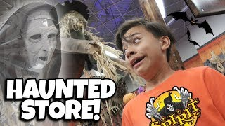 TRAPPED INSIDE A HAUNTED STORE!!! Fortnite Costumes at Spirit Halloween!