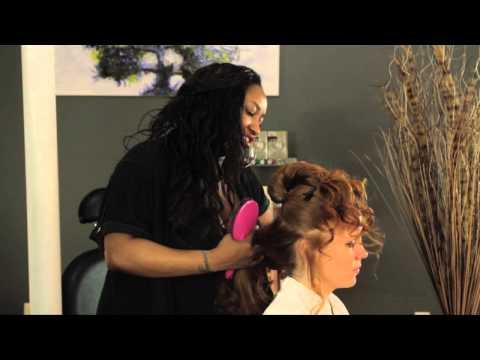 How to Do Saloon Girl Hair : Styles for Long Hair