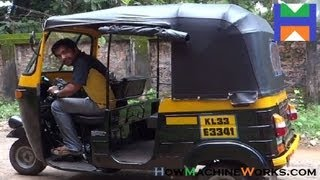 How to drive an Indian auto rickshaw.✔