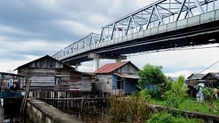 Walking in Pontianak (Indonesia)