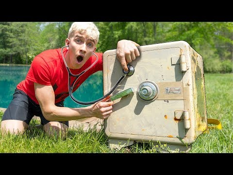 BREAKING INTO ABANDONED SAFE