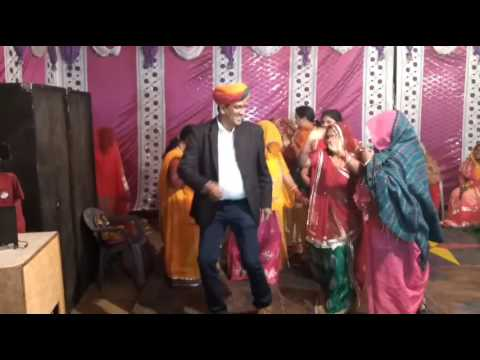 Xxx Mp4 Thada Bhartar Dance Video By Gopi Chand And Veena Ji In A Family Function 3gp Sex