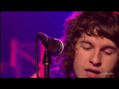 The Kooks - Naive - Glastonbury 2007 - Live HD