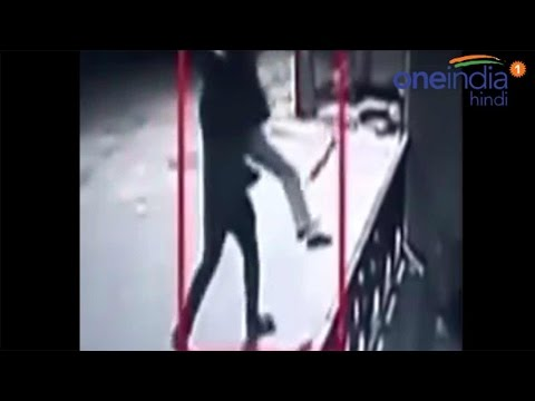 Bengaluru girl abducted, molested outside PG: CCTV Footage | वनइंडिया हिन्दी