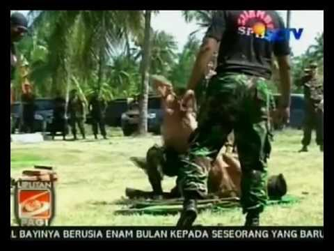 Aksi Pencak Silat TNI AL untuk U.S. Navy June 8 2012 SCTV