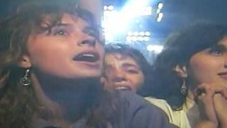 Michael Jackson crazy fan attack live on stage dangerous tour