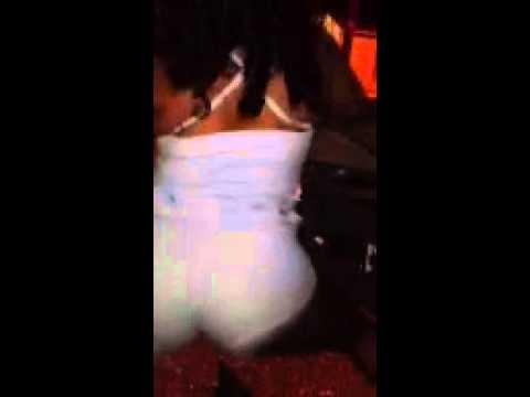 Twerking to booty me down