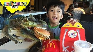Feeding our Pet Dinosaur in Mcdonalds | with Big MAC, French Fries, Nuggets, dinosaur toys for kids