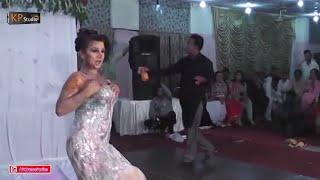 SHAZIA CHAUDHARY SHADI DANCE PERFORMANCE 2016 - MUJRA DANCE