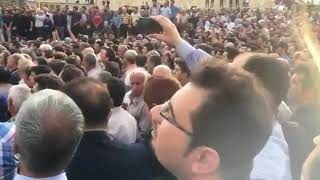 Iran : Funérailles de trois martyrs du soulèvement de Kazeroun avec le slogans