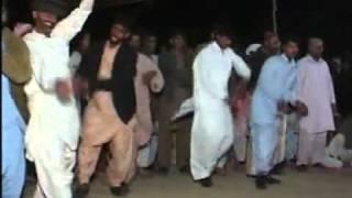 Saraiki Jhoomar(Dance).....flv
